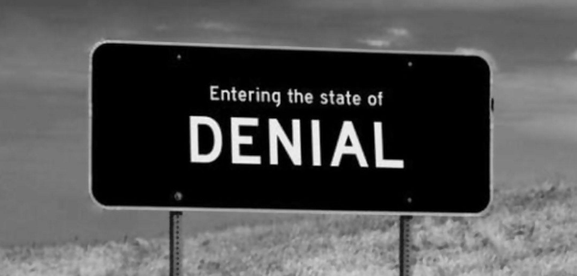 Denial cognitive dissonance trump